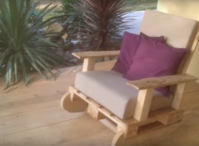 Comment faire un rocking chair en palette