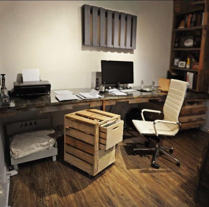 grand bureau en palette