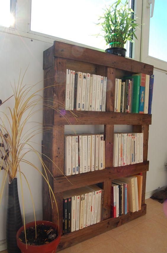 meuble palette bibliotheque. Black Bedroom Furniture Sets. Home Design Ideas