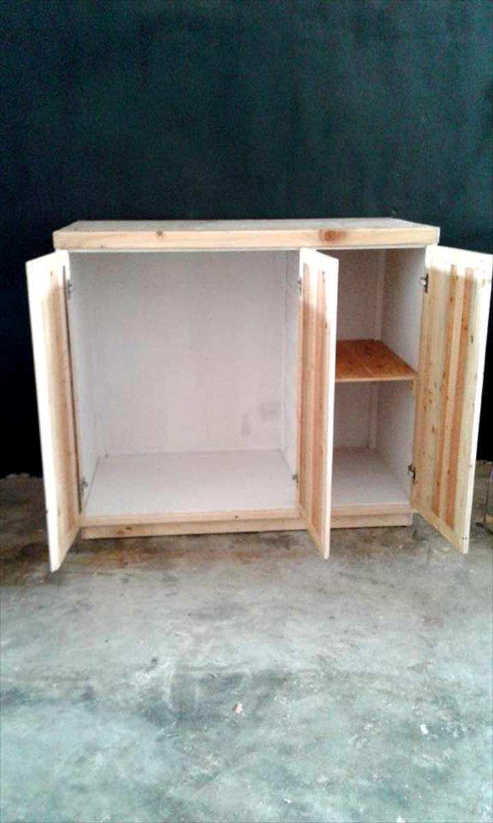 meuble de rangement en palette. Black Bedroom Furniture Sets. Home Design Ideas