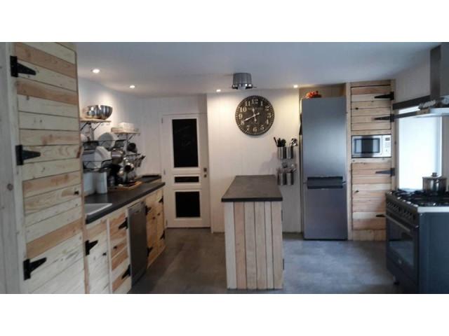 Meuble de cuisine en palette les palettes en meuble Meuble tv avec meuble cuisine