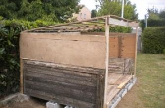faire un abris de jardin en palette pas chere